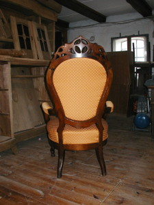 Stolen har fået nyt polster